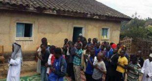 Sveštenik i cela njegova zajednica prešli na islam u Ruandi